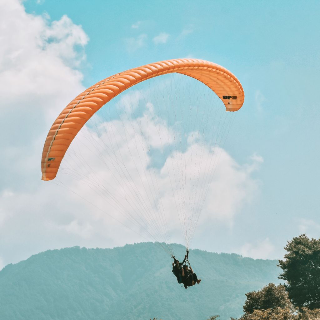 Enjoying Paragliding in Bir billing